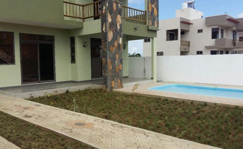 Location meubl e villa de 4 chambres trou aux biches - Avantages fiscaux location meublee ...