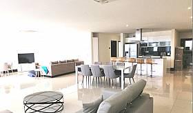 Location meublée - Appartement RES -